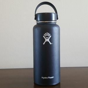 Hydroflask Black TempShield Water Jug